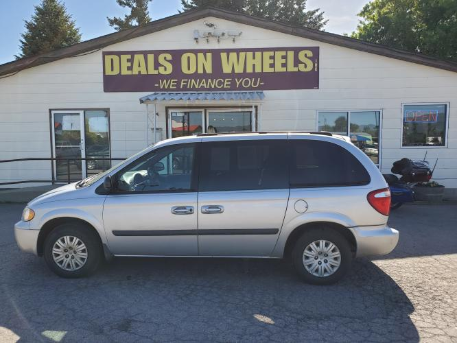 2005 SILVER CHRYSLER TOWN COUNTRY LX (1C4GP45R15B) with an 3.3L V6 OHV 12V engine, located at 1800 West Broadway, Missoula, MT, 59808, (406) 543-1986, 46.881344, -114.021065 - Photo #0