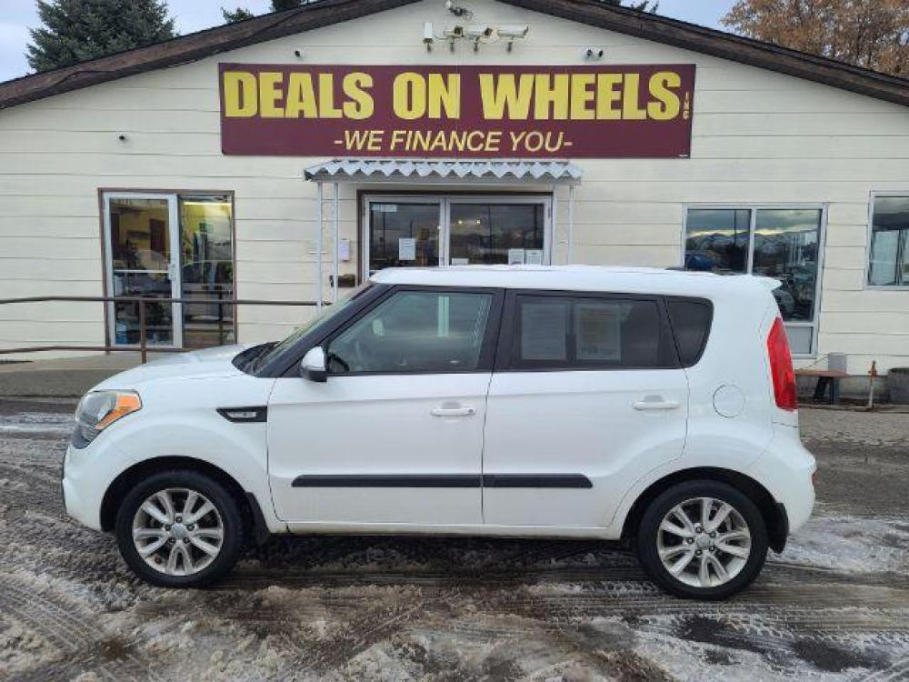 2013 Kia Soul ! (KNDJT2A6XD7) with an 2.0L L4 DOHC 16V engine, located at 1800 West Broadway, Missoula, MT, 59808, (406) 543-1986, 46.881344, -114.021065 - Photo #0